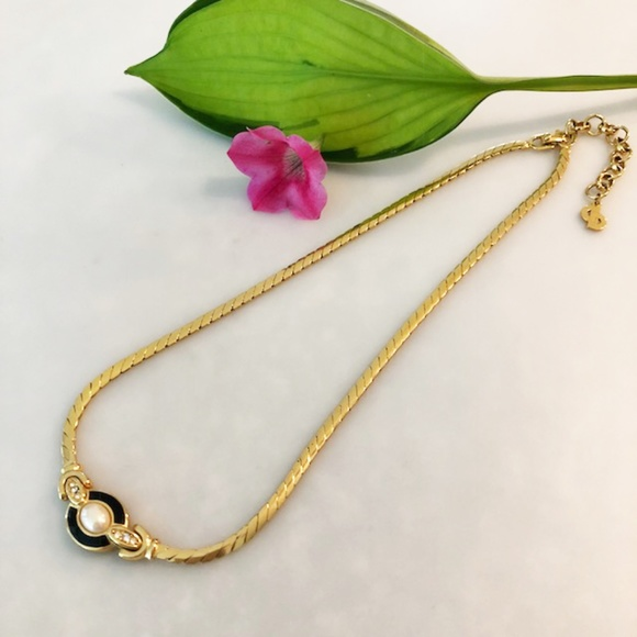 Jewelry - Fun Gold, Pearl, and Black Costume Necklace